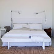 Gervasoni - Ghost 80.G Double Bed with slip cover - white/no mattress&slatted base/fabric Lino white/sleeping area 180x200cm