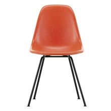 Vitra - Vitra Eames Fiberglass Side Chair DSX zwart