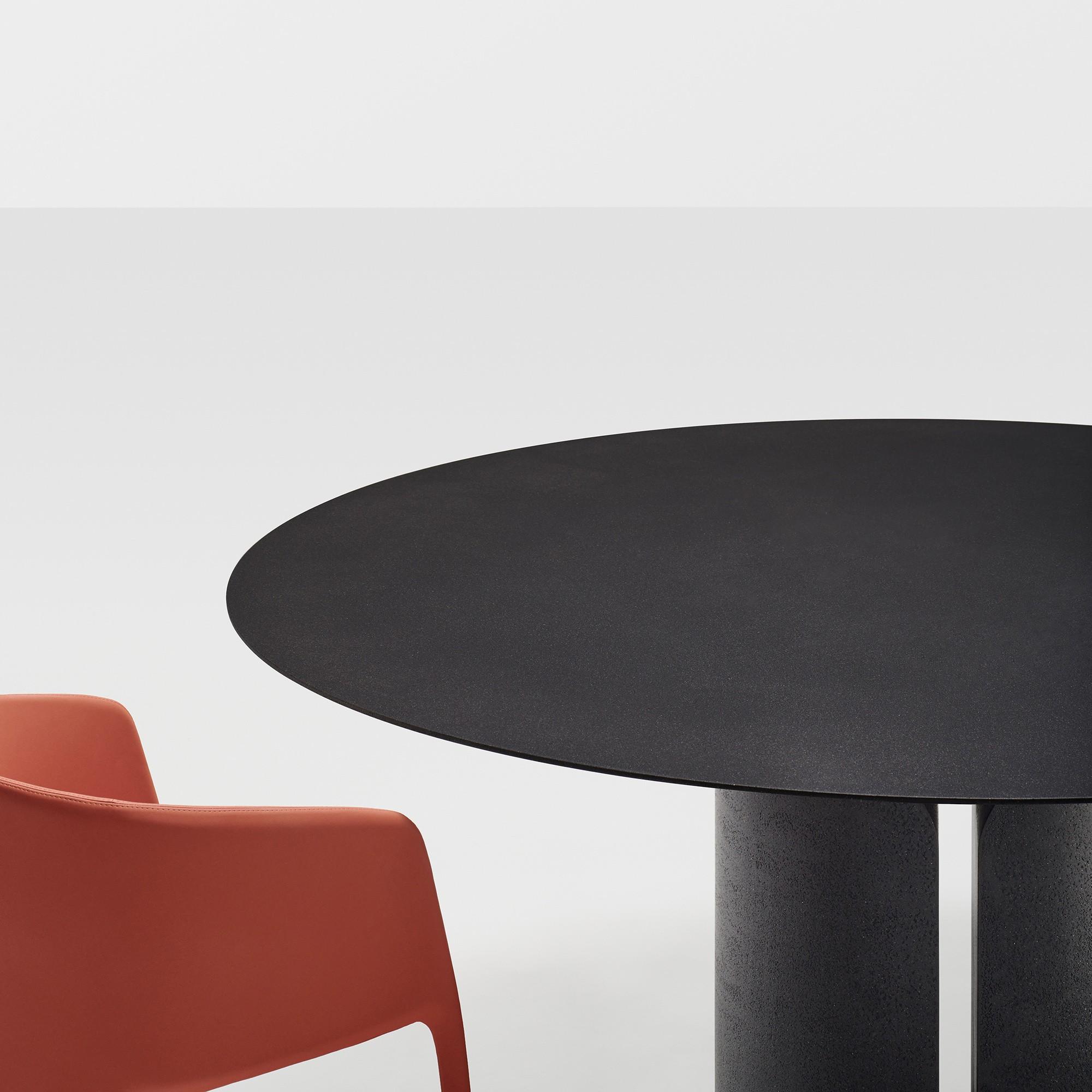 Mdf Italia Nvl Dining Table Round O180cm Ambientedirect