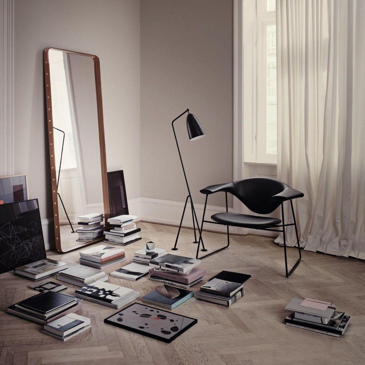 grasshopper l mpara de pie gubi. Black Bedroom Furniture Sets. Home Design Ideas