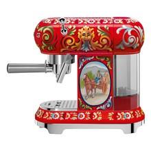 Smeg - Édition limitée Machine à café avec portafilter D&G ECF01