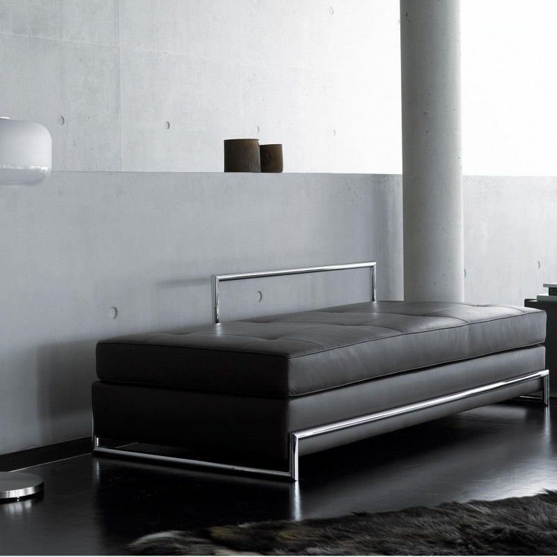 day bed eileen gray banquette lit classicon. Black Bedroom Furniture Sets. Home Design Ideas