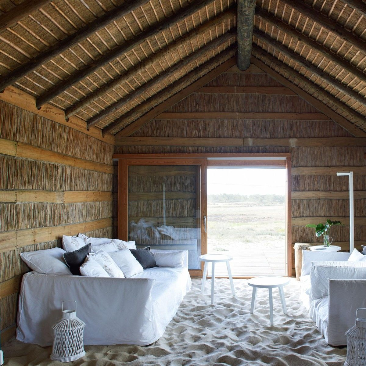 ghost 16 sofa gervasoni. Black Bedroom Furniture Sets. Home Design Ideas