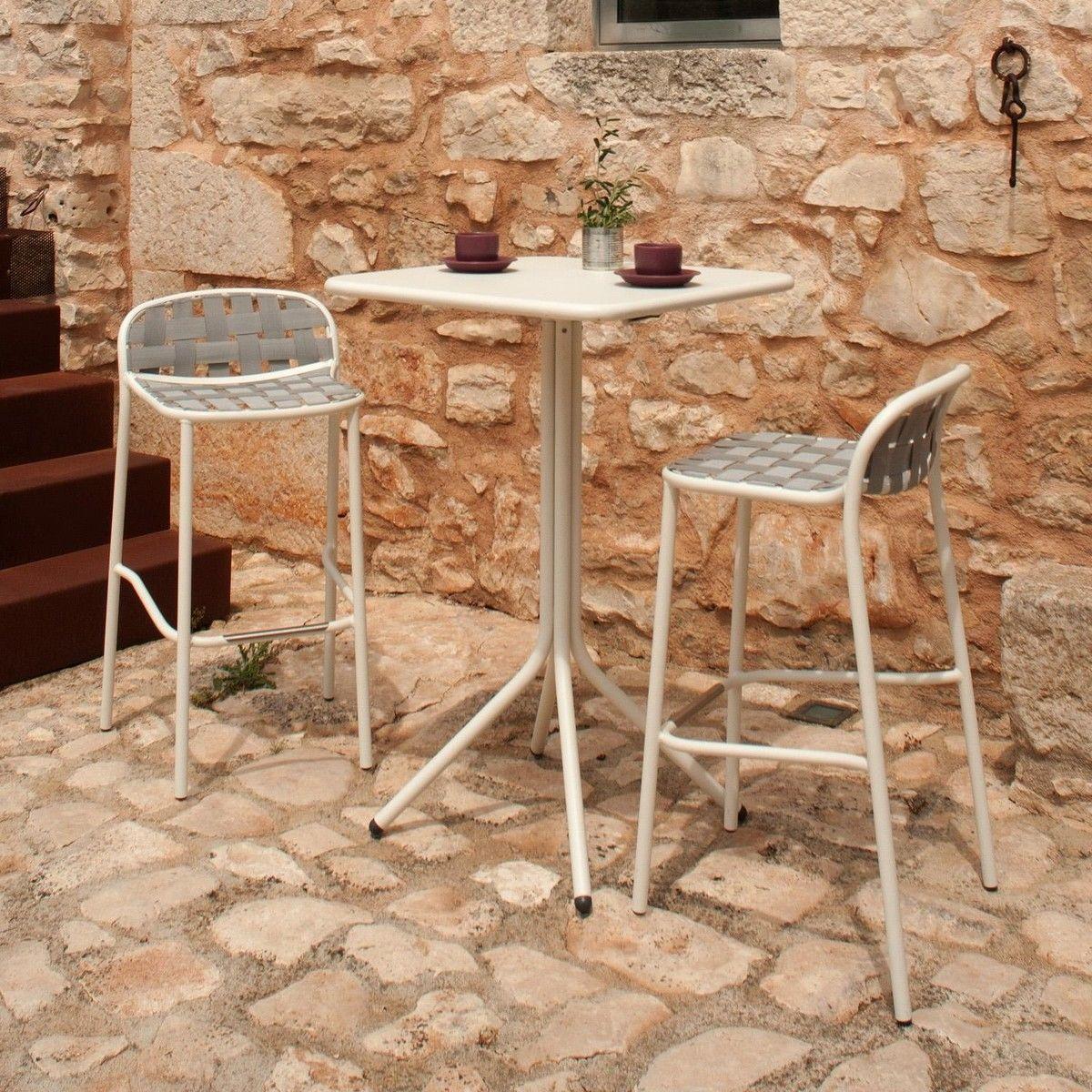 Yard Table Mange Debout De Jardin 70x70cm Emu