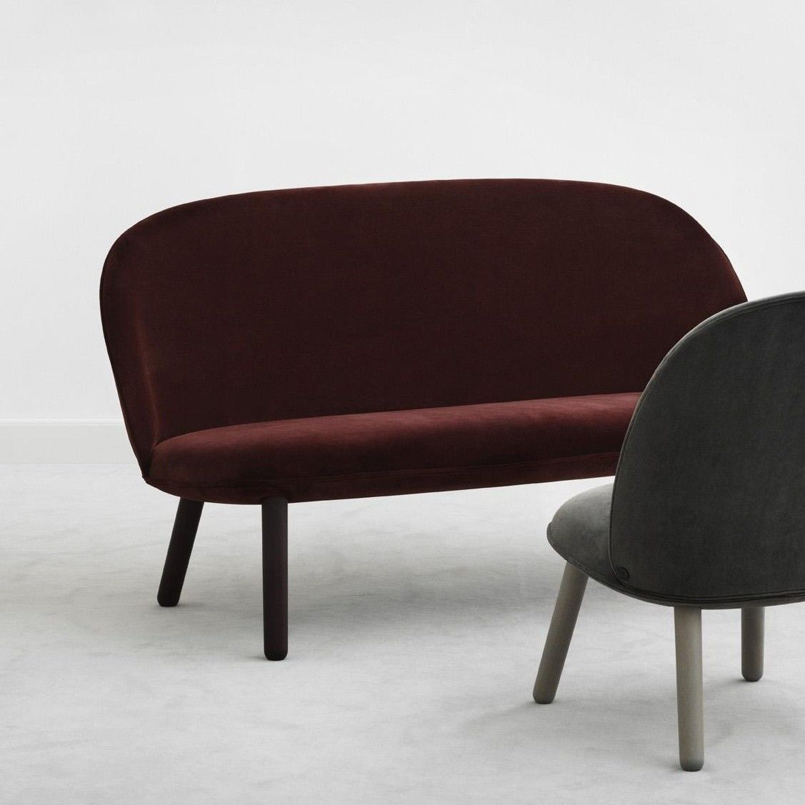 ace sofa velour normann copenhagen. Black Bedroom Furniture Sets. Home Design Ideas