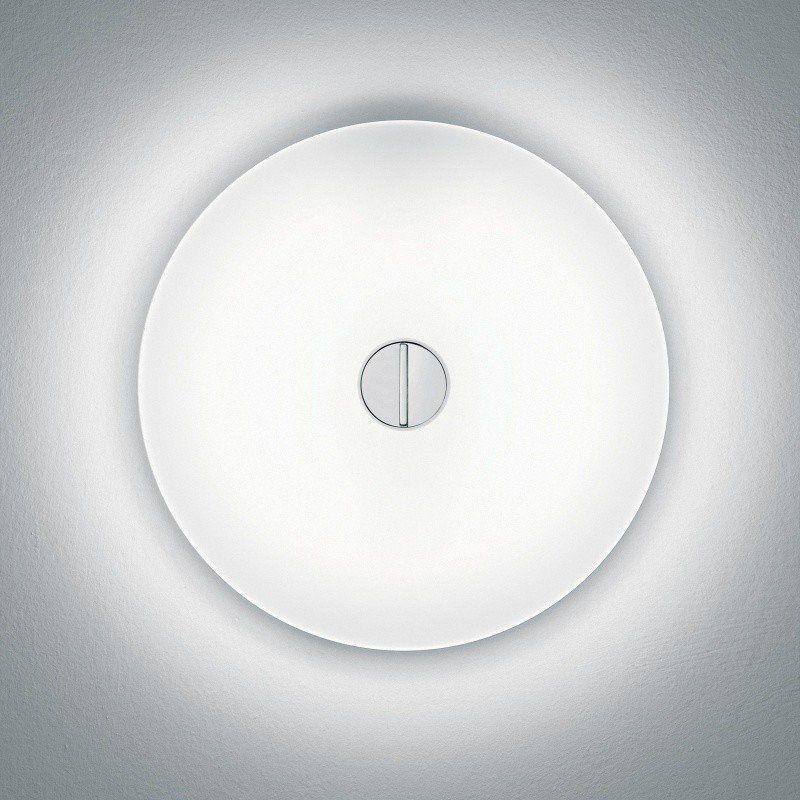 flos button applique murale plafonnier ambientedirect. Black Bedroom Furniture Sets. Home Design Ideas