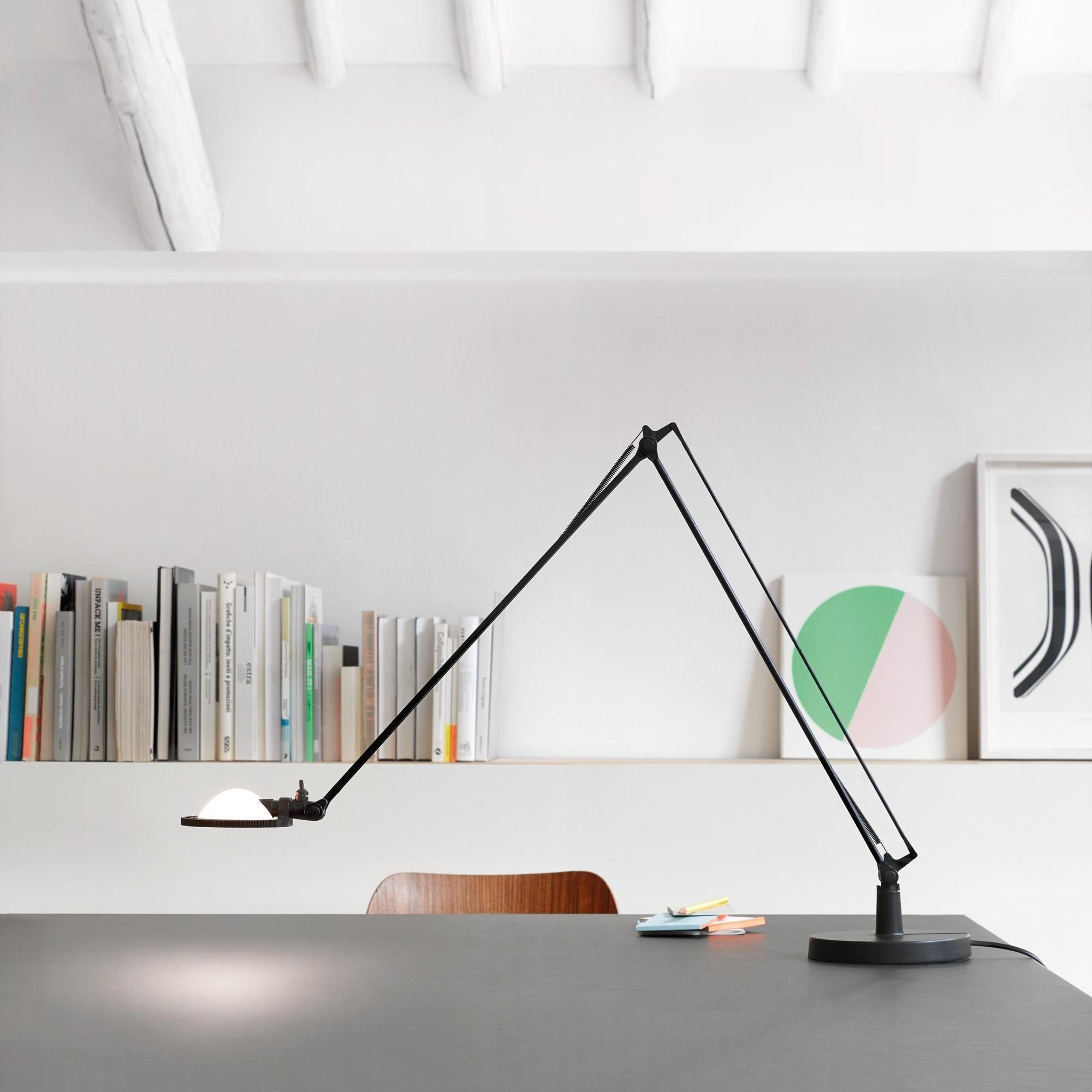 Luceplan Berenice D12 LED Desk Lamp   AmbienteDirect