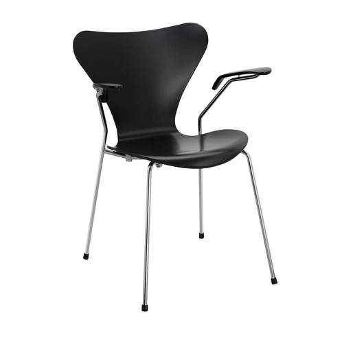Fritz Hansen - Serie 7 Armlehnstuhl - schwarz/Gestell chrom/seidenmatt lackiert