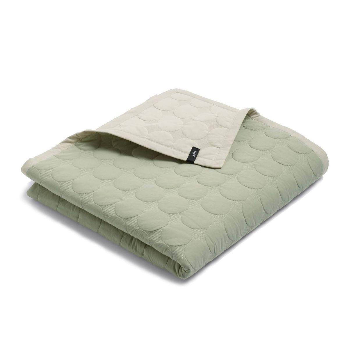 hay mega dot quilt tagesdecke sand 235x245cm. Black Bedroom Furniture Sets. Home Design Ideas