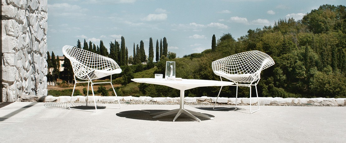 Presenter Bertoia Diamond Chair