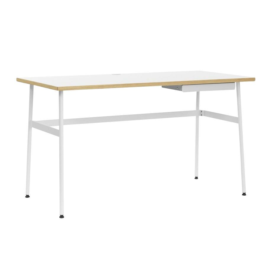 Schreibtischplatte weiß  Journal Office Table | Normann Copenhagen | AmbienteDirect.com
