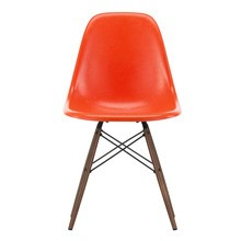 Vitra - Eames Fiberglass Side Chair DSW Ahorn dunkel