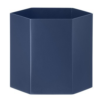 ferm LIVING - Hexagon Pot Large Aufbewahrungsbehälter - dunkelblau/pulverbeschichtet/Ø13.5cm/H12cm