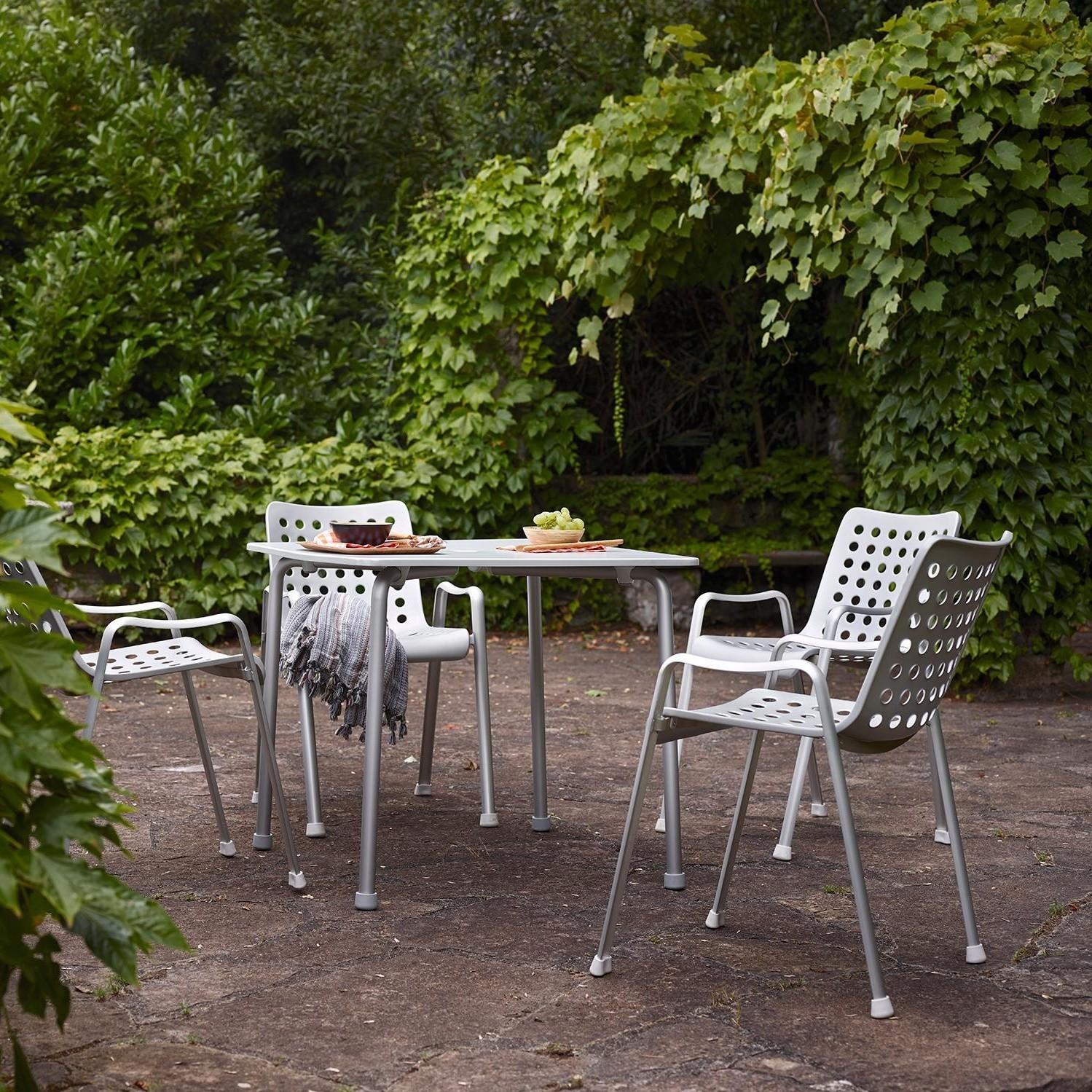 Vitra Landi Outdoor Armlehnstuhl | AmbienteDirect