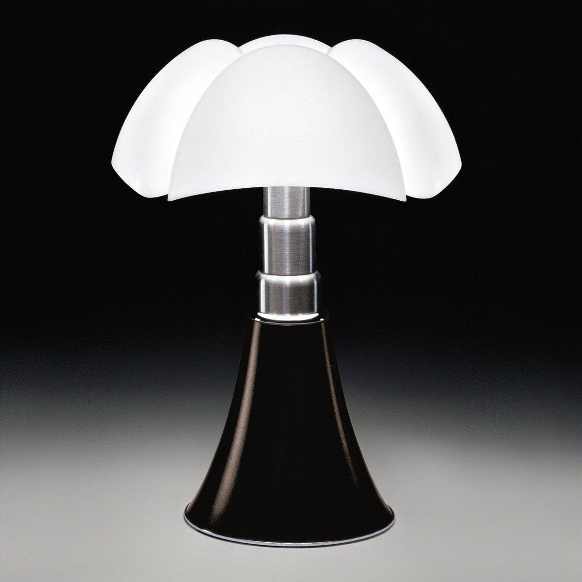 Favori Pipistrello Table Lamp | Martinelli Luce | AmbienteDirect.com ST54