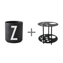 Design Letters - Porzellanbecher N-Z Schwarz L + Blumenhalter