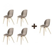 Gubi - Aktionsset 4+1 Beetle Dining Chair Eiche