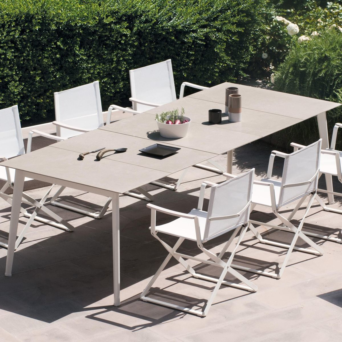 Emu   Kira Dining Table Extendable Outdoor   White/natural/porcelain  Stoneware Top/