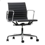 Vitra - EA 117 Aluminium Chair bureaustoel gepolijst leer