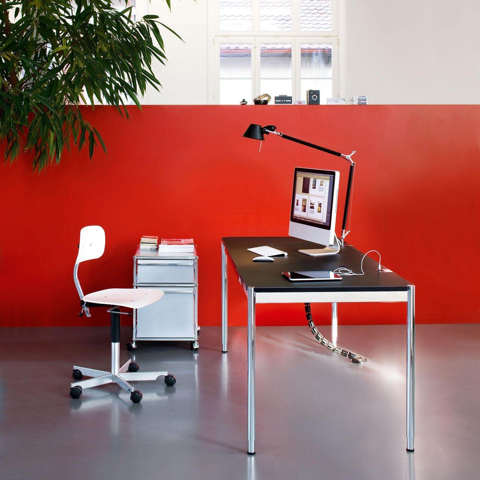 usm m belbausysteme usm haller tisch 150x75cm ambientedirect. Black Bedroom Furniture Sets. Home Design Ideas