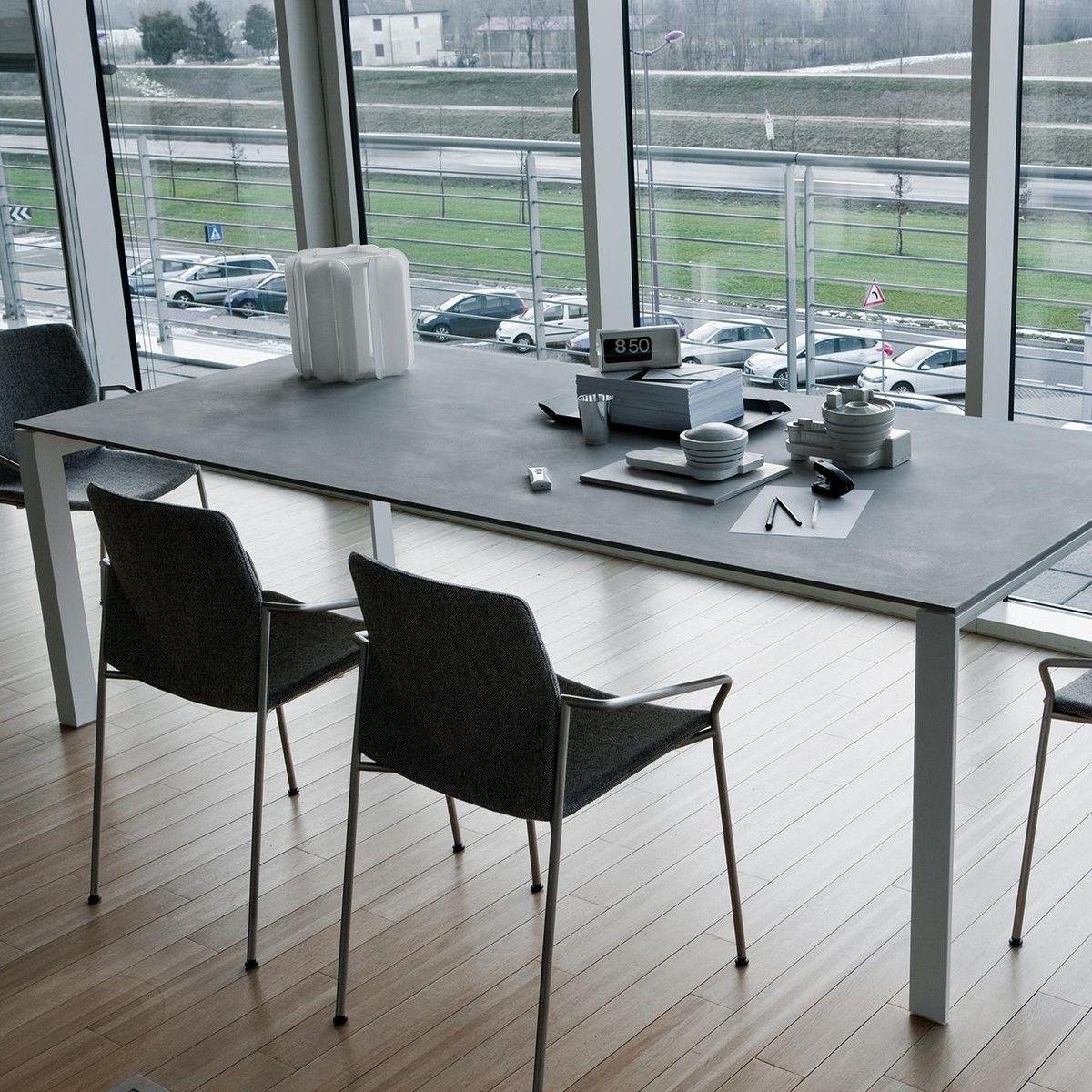 La Palma   Apta Concrete Table