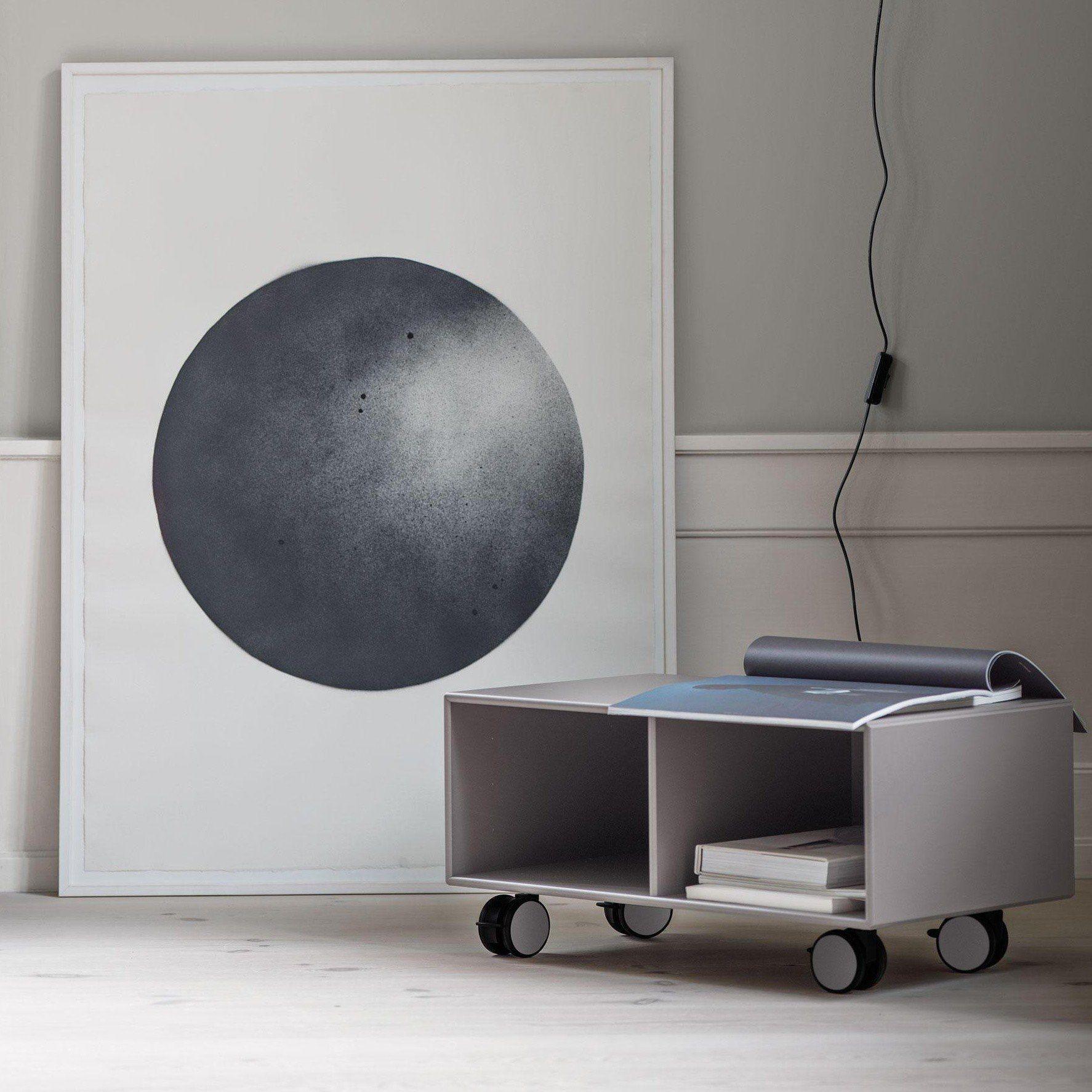 montana skate sideboard mit rollen h 31cm ambientedirect. Black Bedroom Furniture Sets. Home Design Ideas