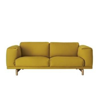 Muuto - Rest Sofa 2-Sitzer - gelb/Stoff Hallingdal 457/200x72x92cm/Gestell eiche