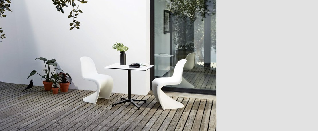 02 Vitra PantoneChair Presenter