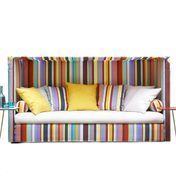 ADWOOD - Breeze Schlafsofa | Ausstellungsstück - multicolor/Sitzkissen natur/Liegefläche 205 x 155cm/7 Kissen und 2 Rollen in multicolor/Einzelstück - nur einmal verfügbar!