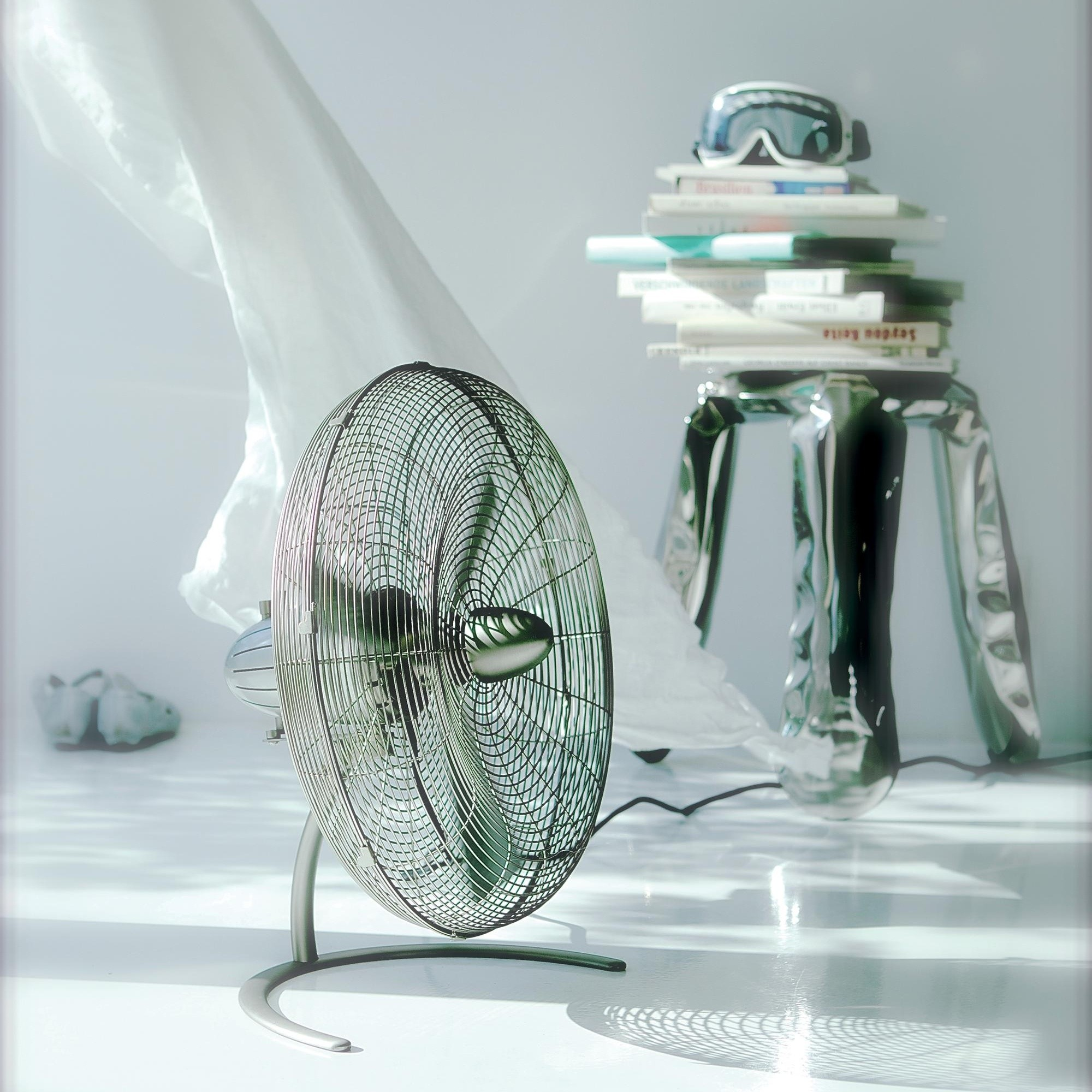Silber Boden-Ventilator CHARLY LITTLE mit Schwenkfunktion STADLER FORM