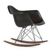 Vitra - Eames Plastic Armchair RAR Schaukelstuhl - basic dark schwarz/Polypropylen/Gestell basic dark schwarz/Kufe Ahorn dunkel