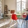 Vitra - Eames Plastic Side Chair DSW Stuhl Esche - klassisches rot/Gestell Esche honigfarben/Sitzhöhe 43cm/Querverstrebungen aus Rundstahl schwarz