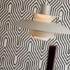 Louis Poulsen - PH 5 Pendelleuchte - rosa/Innen dunkelgrün/matt lackiert/Verbindungsstäbe orange/H 26.7cm/Ø 50cm