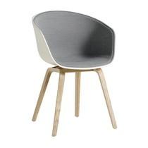 HAY - About a Chair AAC 22 Armlehnstuhl gepolstert Eiche geseift