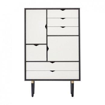Andersen Furniture - Andersen Furniture S5 Kommode Fronten weiß - eiche schwarz/alpinoweiß/lackiert/B 83 x T 43 x H 132 cm