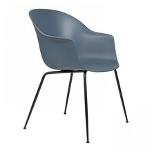 Gubi - Bat Dining Chair Gestell schwarz