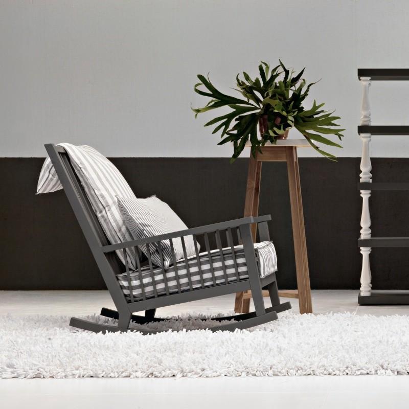 Gray 09 schaukelstuhl gervasoni for Schaukelstuhl modernes design