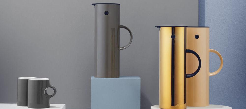 stelton isolierkannen 1 l und 0 5 l ambientedirect. Black Bedroom Furniture Sets. Home Design Ideas