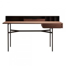 More - Harri Desk