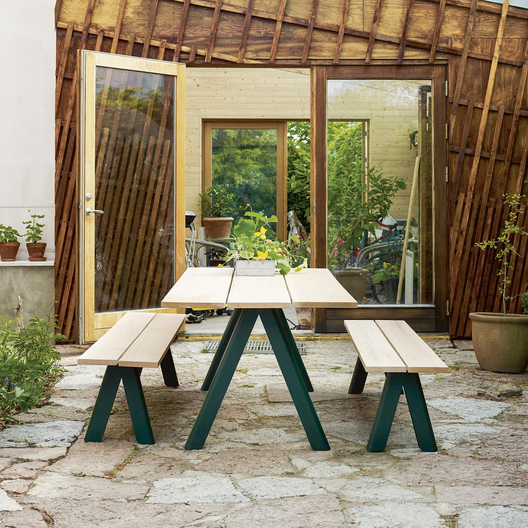 Skagerak Overlap Outdoor Table 200x90x74cm Ambientedirect