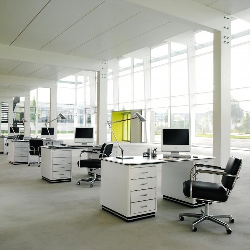 classic office desk. Müller Möbelfabrikation - Classic Line TB 229-5 Office Desk A