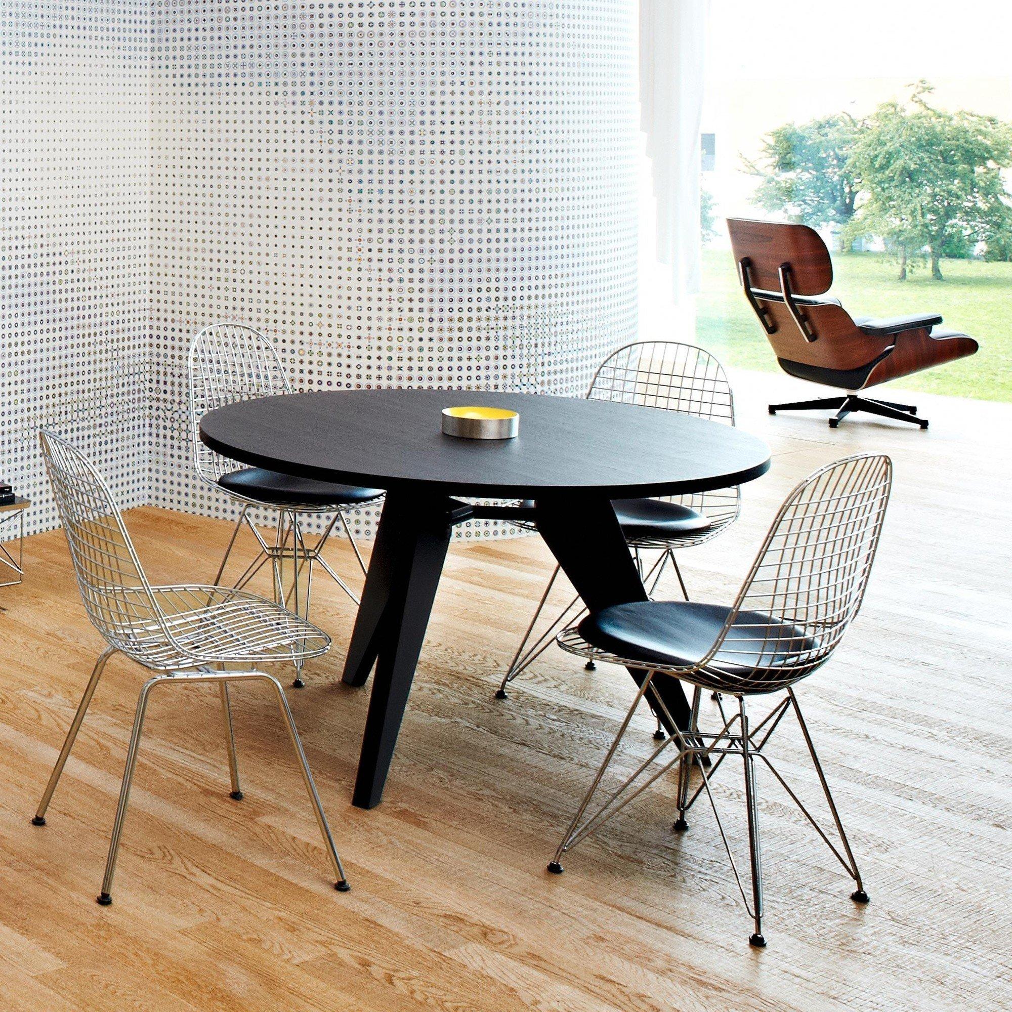 eames lounge chair vitra. Black Bedroom Furniture Sets. Home Design Ideas