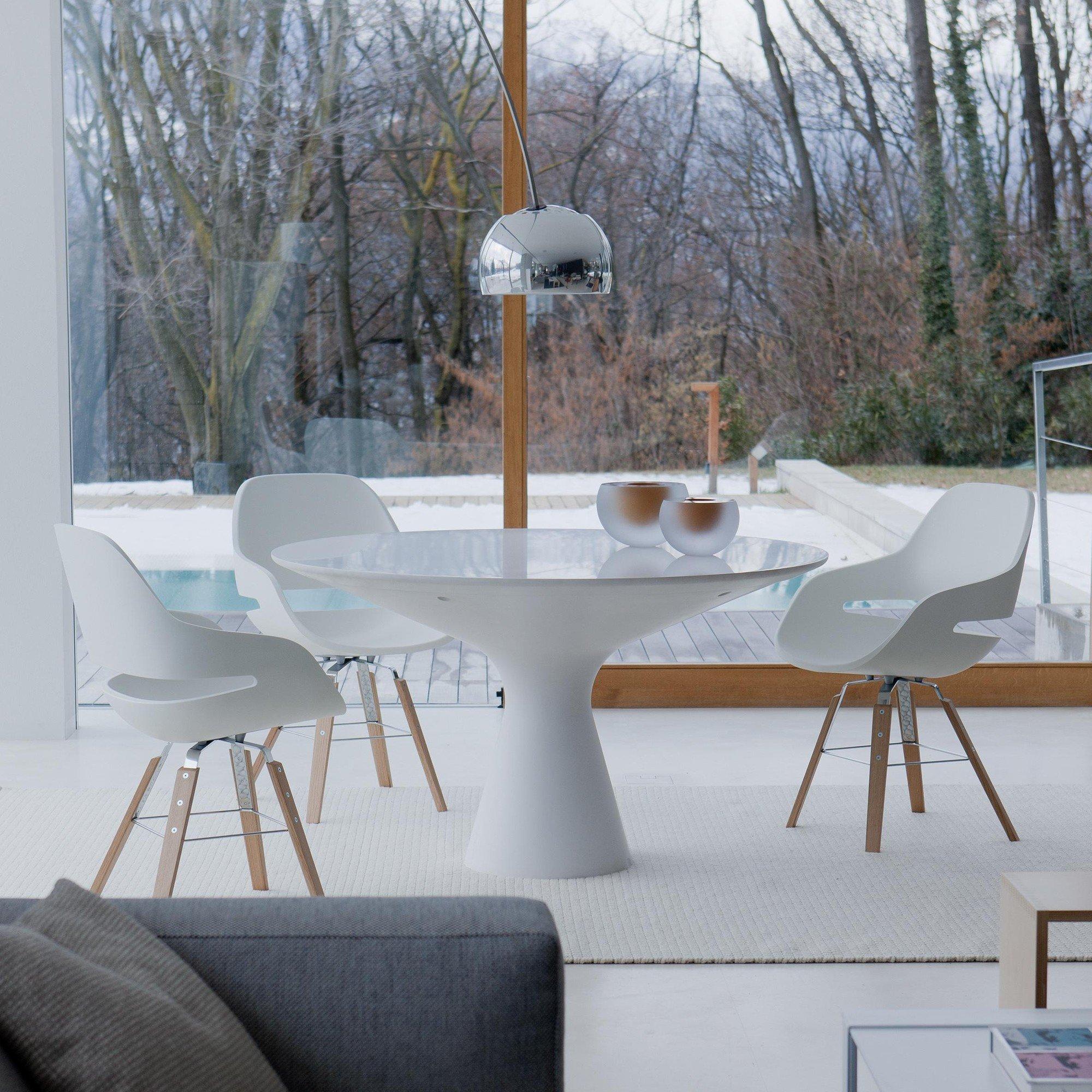Zanotta Blanco Table / Dining Table   AmbienteDirect