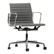 Vitra - Chaise de bureau EA 117 Aluminium Chair poli cuir