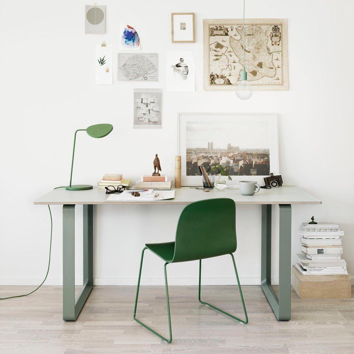 Led Le Brummt leaf led table l muuto ambientedirect com