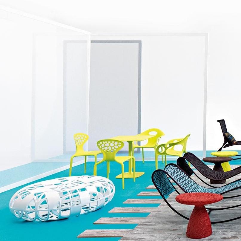 Supernatural table carr e moroso tables de jardin for Meuble de jardin liquidation