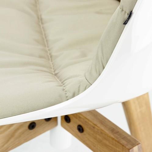 MDF Italia - Flow Stuhl Füße in Eiche - weiß/creme/Stoff Londra R058 Col. 01/Sitzschale gepolstert Stoff beige/54x54x80.5cm