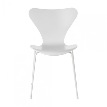 Fritz Hansen - Series 7 Monochrome Chair - white/lacquered/WxHxD 50x80,5x52cm