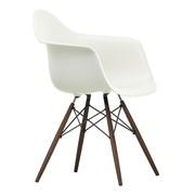 Vitra - Eames Plastic Armchair DAW donker esdoorn