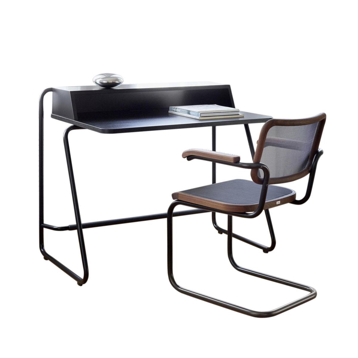 s 1200 desk home desk classics in colour thonet. Black Bedroom Furniture Sets. Home Design Ideas